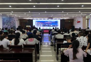 德江县民族中医院举行《国家基本药物制度绩效考核与合理用药》专题培训